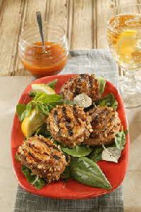 PECAN-CRUSTED PORK TENDERLOIN PINWHEELS WITH CAROLINA MUSTARD SAUCE