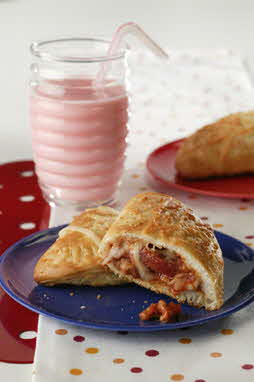 SAUCY PIZZA POCKETS
