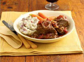 Beef Short Ribs With Tomato Wine Sauce