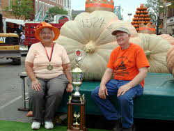 Biggest Pumpkin 2007