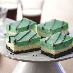 Green Cheesecake Bars