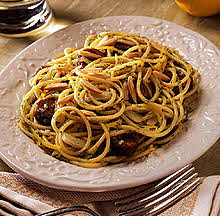 sweet & hot spaghetti with gremolata